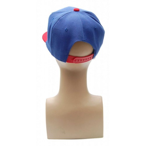 Спортна лятна шапка с мустаци и устни