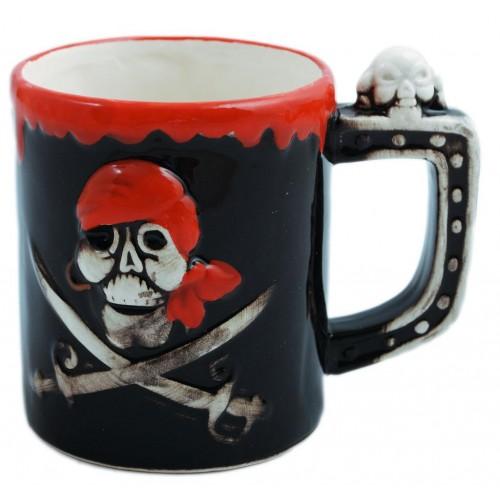 Пиратска порцеланова чаша