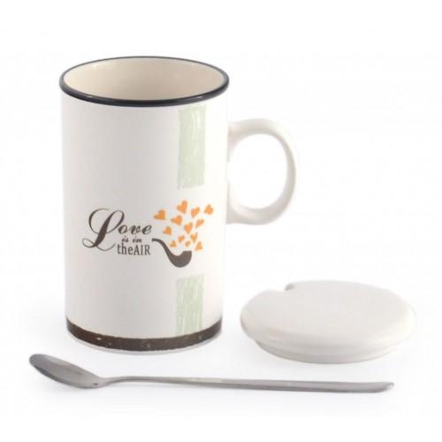 Красиви керамични чаши с лъжичка и капаче