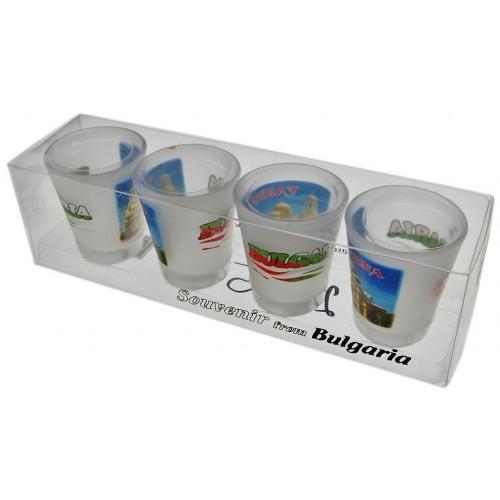 Комплект четири броя стъклени чаши с декорация -  катедралата във Варна