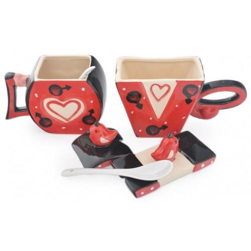 Забавни чаши изписващи LOVE