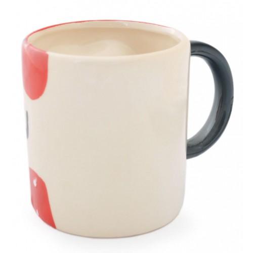 Керамична чаша с декорация от сърца с физиономии