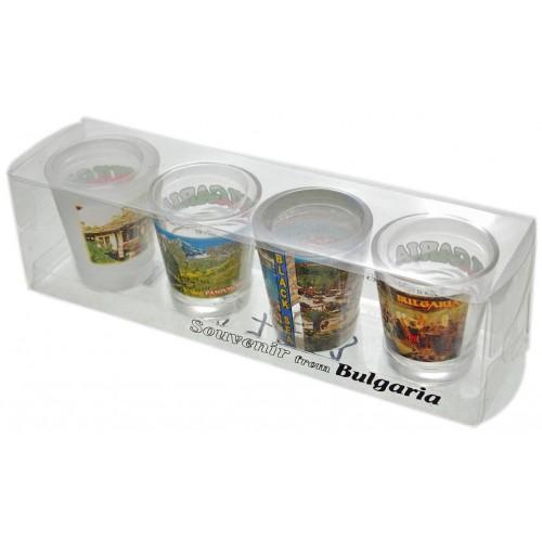 Комплект четири броя сувенирни стъклени чаши с декорация