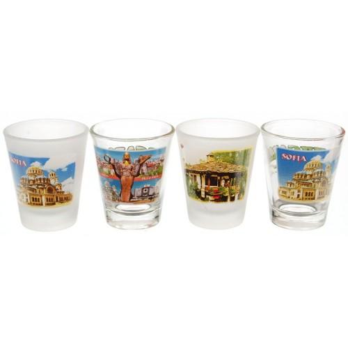 Комплект четири броя сувенирни стъклени чаши с декорация - забележителности от страната
