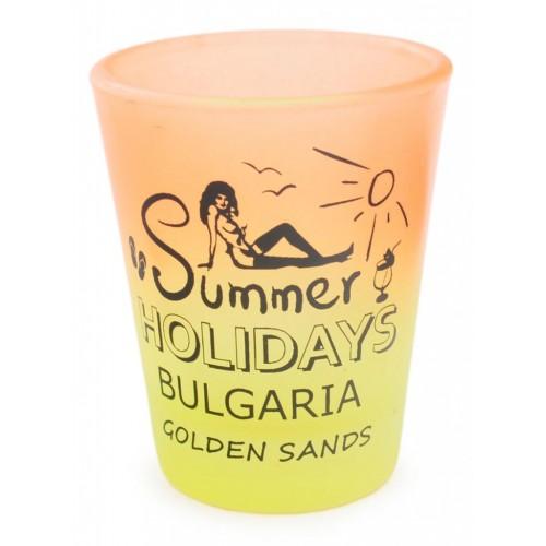 Шот с излегната жена и надпис - Summer Holidays Bulgaria Sunny beach
