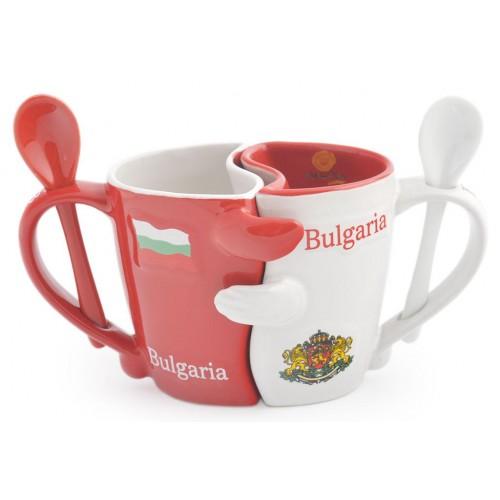 Керамични чаши (2бр.) с лъжичка в червено и бяло, декорирани с герба и знамето на България