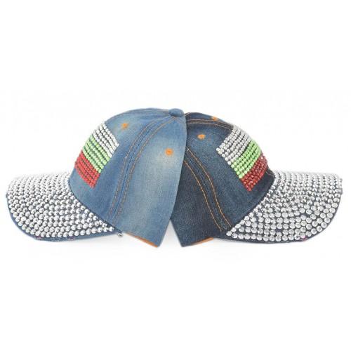 Спортна лятна шапка с камъни във формата на българският трибагреник