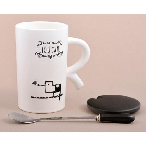 Керамична чаша капаче и лъжичка.