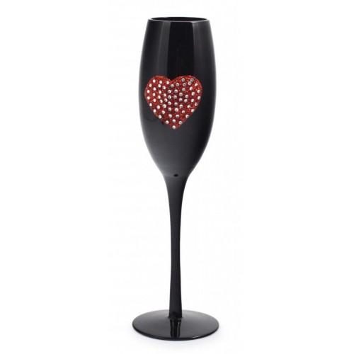 Черна чаша за вино с декорация сърце