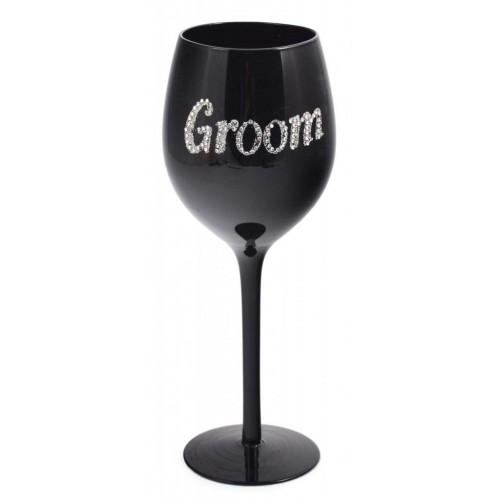 Черна чаша за вино с надпис Groom