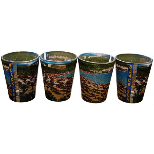 Комплект сувенирни чаши от България
